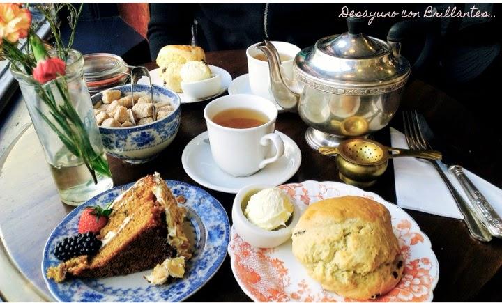 blackbird_tearooms_cream_tea_scones