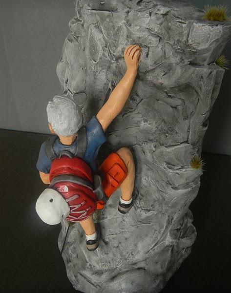 statuine idee regalo appassionato sport montagna scalata arrampicata orme magiche