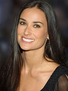Demi Moore allegedly dating her Ashton Kutcher's dad