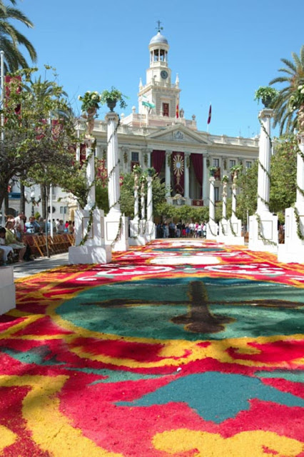 Alfombras de flores a todo confetti blog de bodas y for Todo alfombras