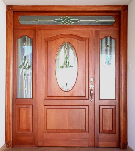 Servicio de innovaci n inmobiliario puertas principales for Vidrios para puertas principales