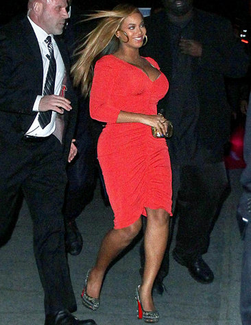 Beyonce  Baby on Sals Peters  March 2012
