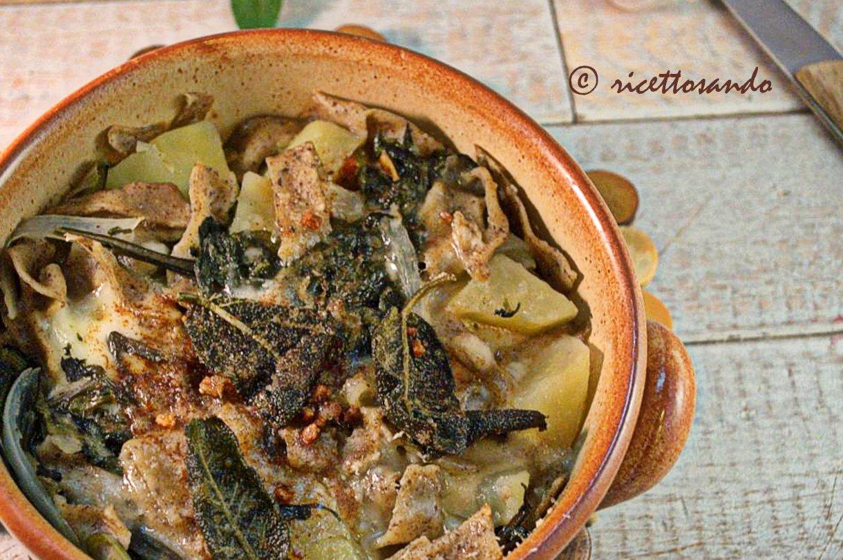 Pizzoccheri valtellinesi ricetta tradizionale ricetta tradizionale a base di pasta fatta in casa con grano saraceno