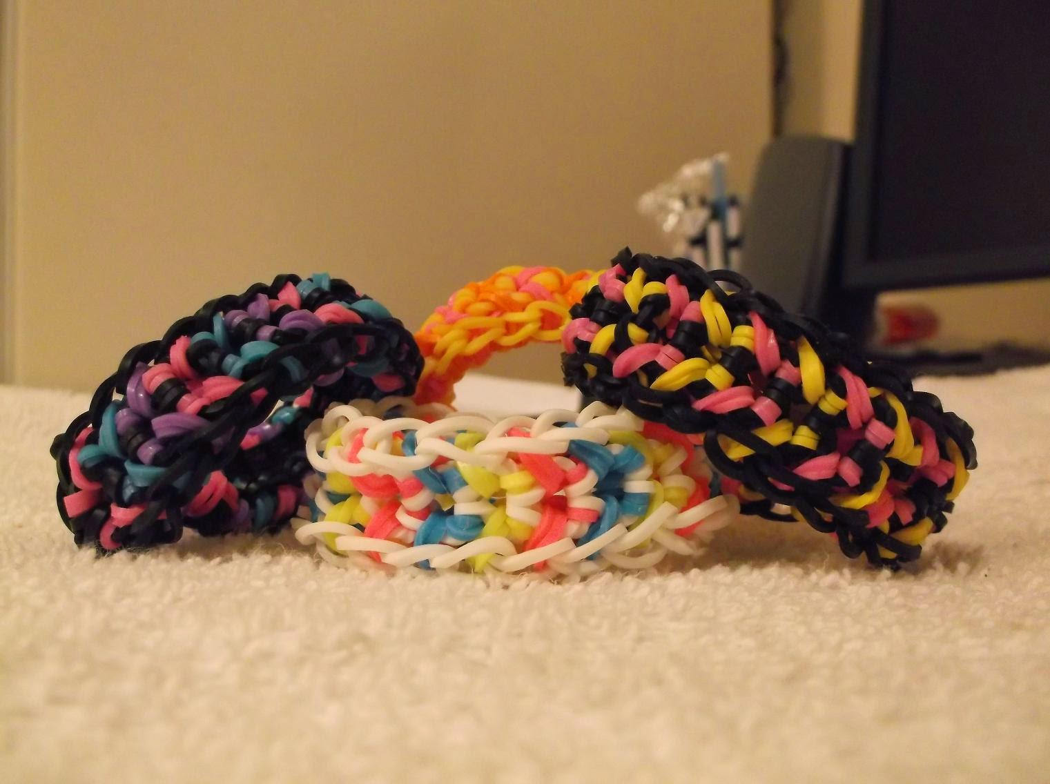 Butterfly rainbow loom