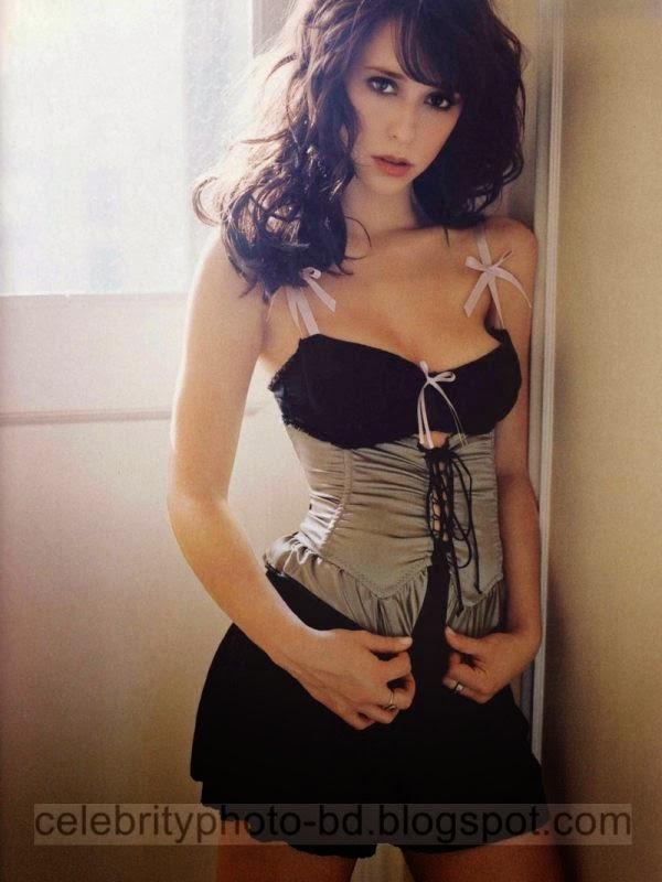 Jennifer+Love+Hewitt+Latest+Hot+Photos+With+Short+Biography009