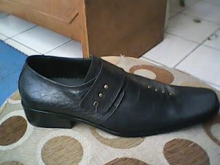 sepatu aigner vantovel