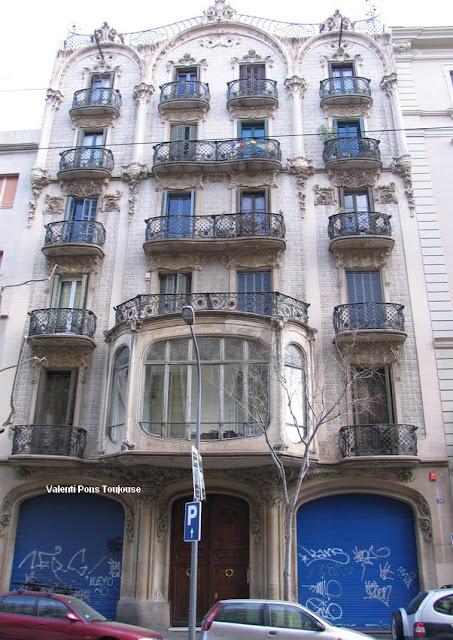 Modernisme barcelona bailen 36 - Calle borrell barcelona ...