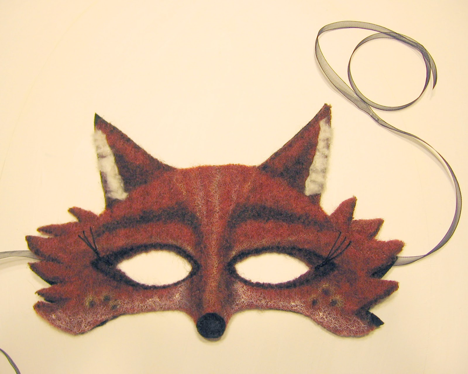 Craft rambler felicity fox wool mask for Fantastic mr fox mask template