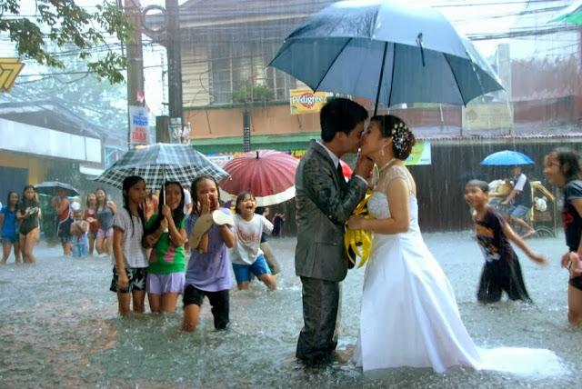 Свадьба на Филиппинах, во время наводнения