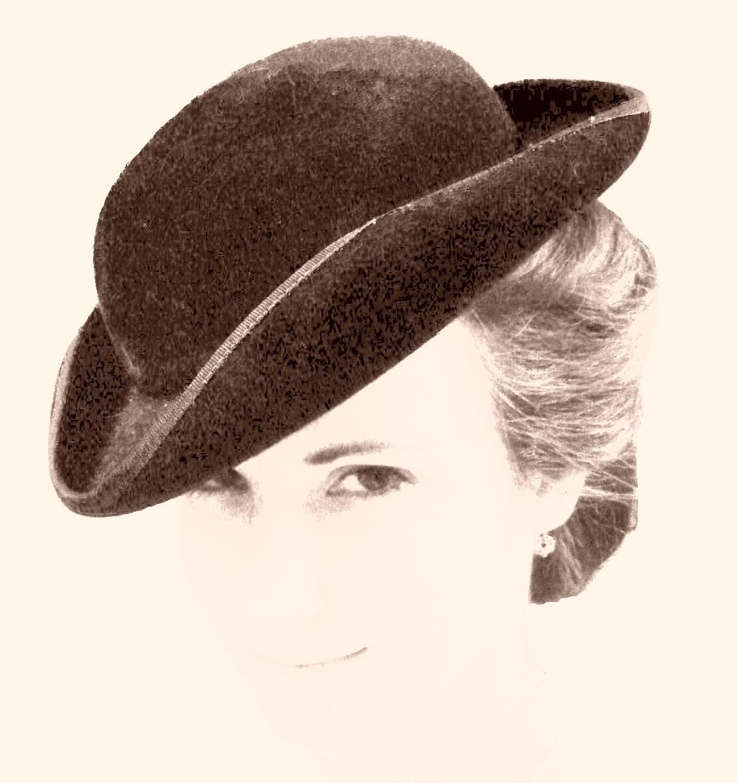Helena Worth