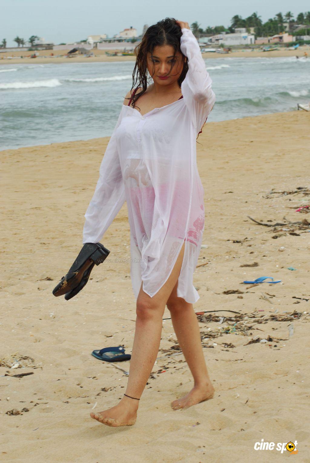 http://3.bp.blogspot.com/-m0JmJNiQg0A/TzKqVCtSLlI/AAAAAAAAEu8/AV7S3Av8me8/s1600/High+School+Telugu+Movie,+Photos,+(32).jpg