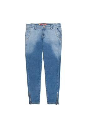 Fotos de tendências de Moda Jeans Feminina