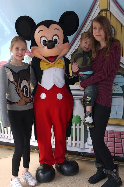 Mickey Mouse, Disneyland Paris, Disney
