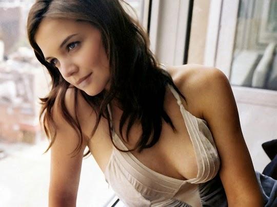 Katie-Holmes-hot