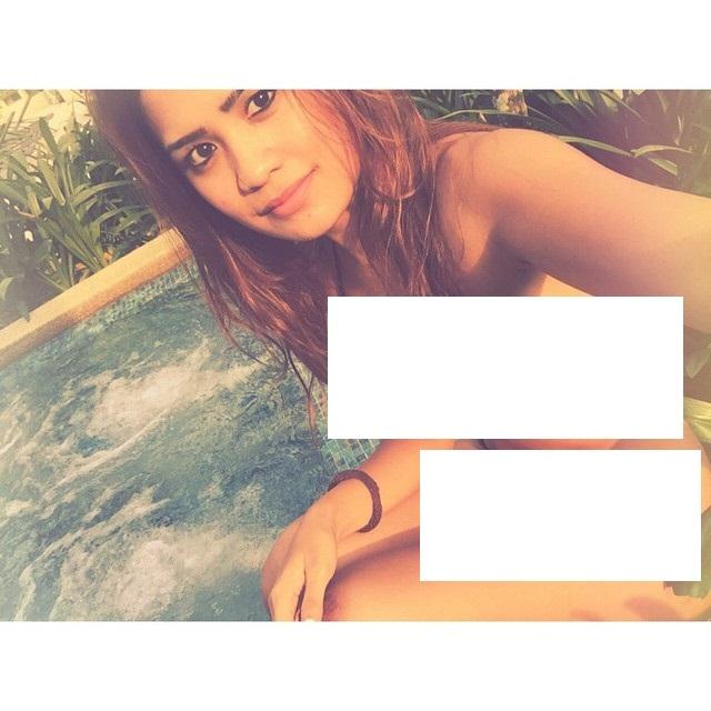 image Anak dara bogel mandi telanjang