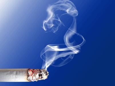 Tips Handuk Basah Pengusir Bau Asap Rokok