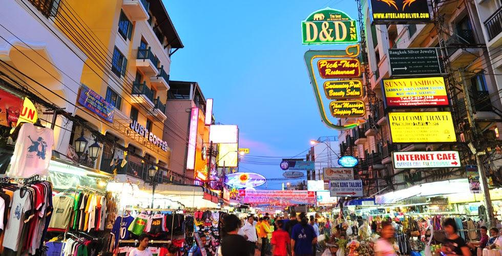 comment trouver un hôtel pas cher à Khao San Road - la rue principale