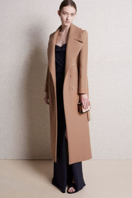 cappotto color cammello camel coat cappotti color cammello inverno 2016 tendenze 2016 tendenze inverno cappotti tendenza inverno winter trend 2016 winter coat   tendenze inverno 2016 winter trends mariafelicia magno fashion blogger colorblock by felym fashion blog italiani fashion blogger italiane blog di moda blogger italiane di moda fashion blogger bergamo fashion blogger milano fashion bloggers italy italian fashion bloggers influencer italiane italian influencer