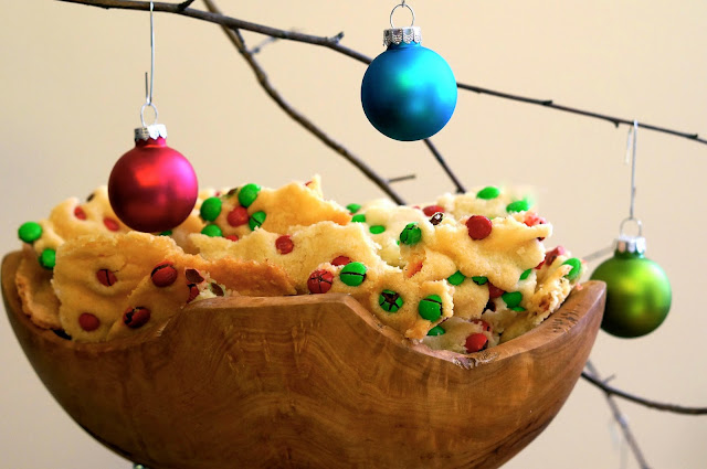 Christmas Cookie Brittle,M&M's,Christmas.