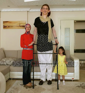 Rumeysa Gelgi Is The World's Tallest Teenager Girl