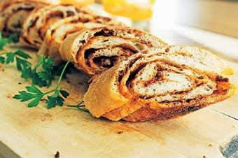 Cevizli salçalı ekmek tarifi