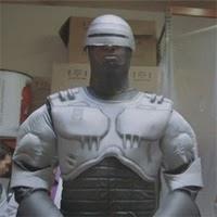 ¿Sabias que por la red circula un remake de Robocop con 55 directores?