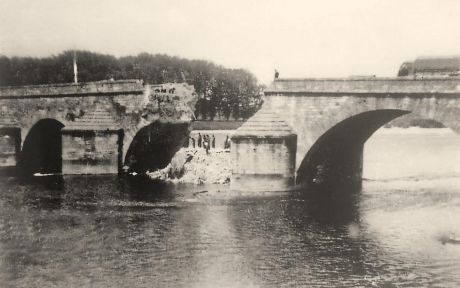 Geodaszner chronique la ni vre pont 1940 - Piscine de chateauneuf sur loire ...