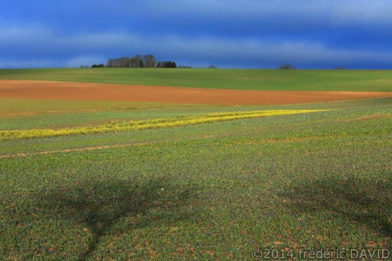 campagne champs ciel sombre Seine-et-Marne
