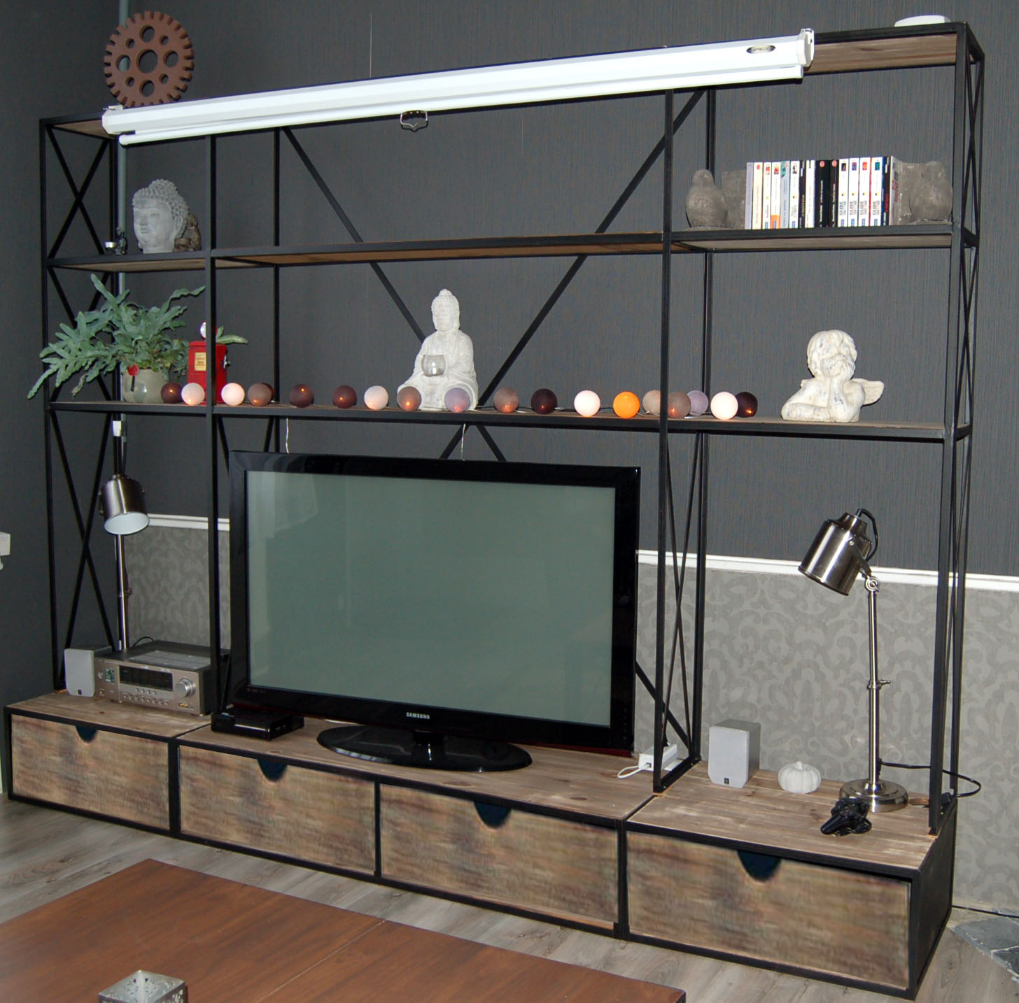 Blog de la maison de l 39 imaginarium l 39 ambiance factory - Meuble tv maison ...