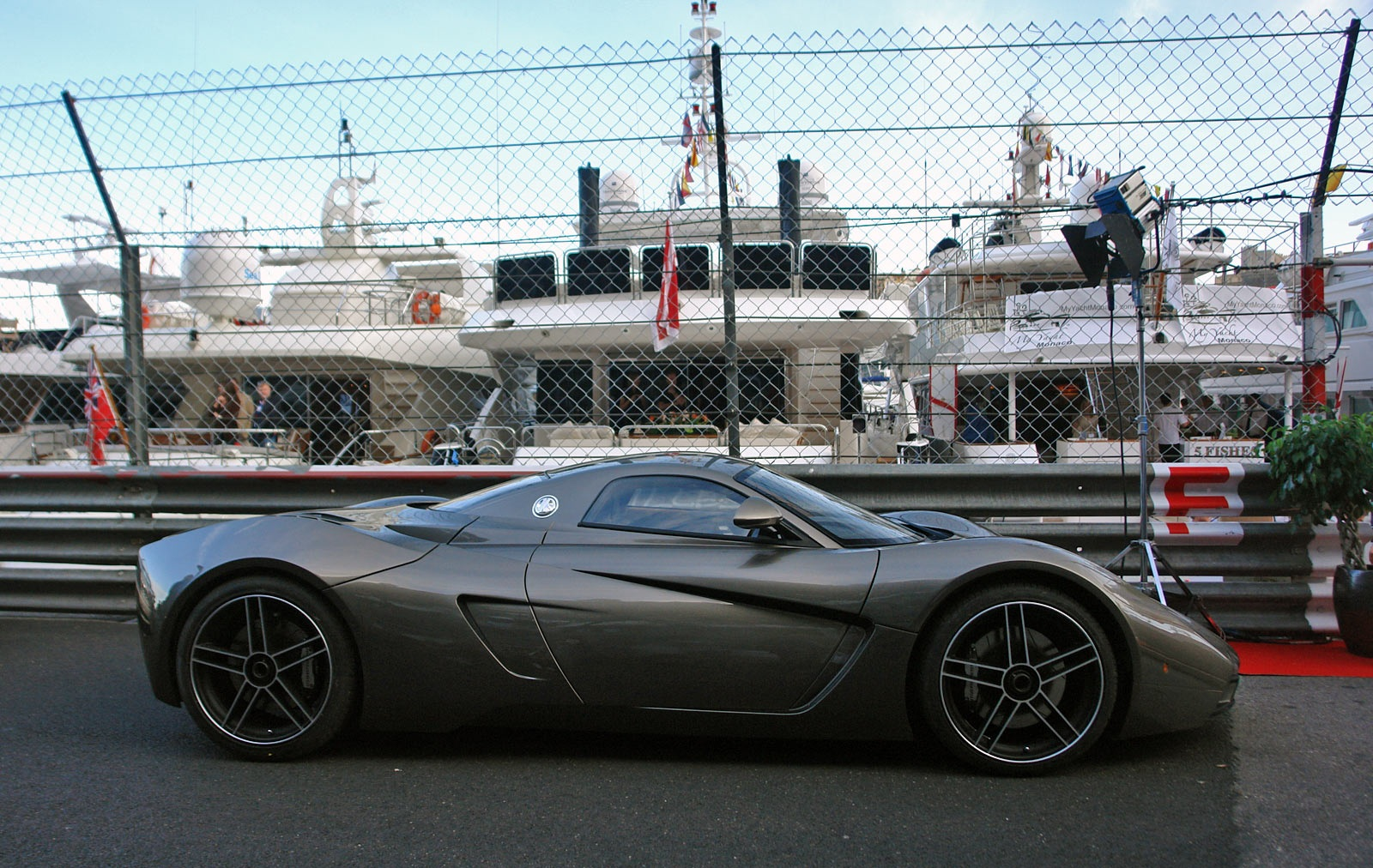 marussia b1 hd wallpapers high definition free background