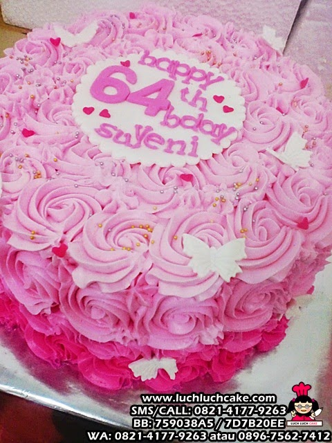 kue tart ulang tahun cantik pink