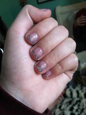 sincerely, truly scrumptious: DIY Glitter Gel Manicure