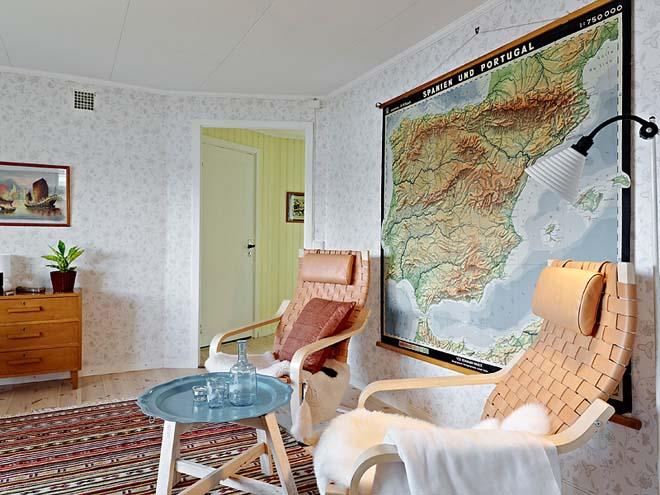 casa de campo diseño interior rustico actual  mapa en la pared