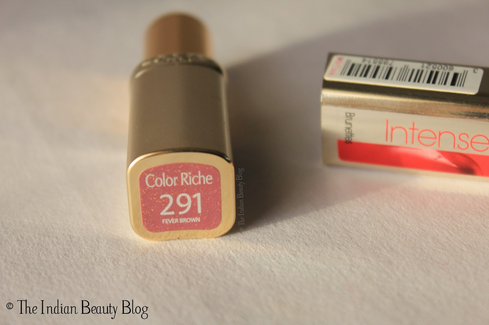 Loreal Paris Color Riche Lipstick Fever Brown Review Swatch