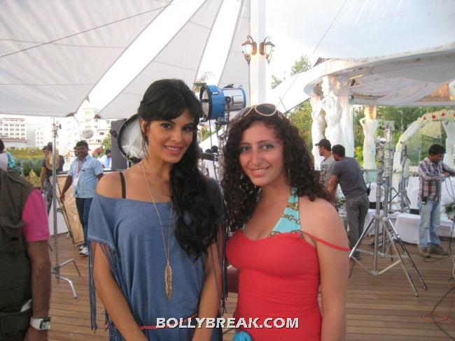 , Deepika,john,jacqueline,anil And Saif Race 2 - Fan Photos
