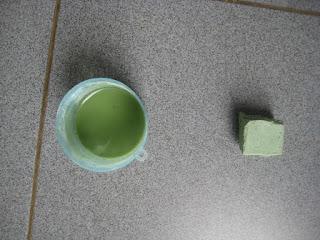 Menghilangkan karat dan Mengkilapkan Bahan Stainless Dengan Watu Ijo (Batu Hijau)