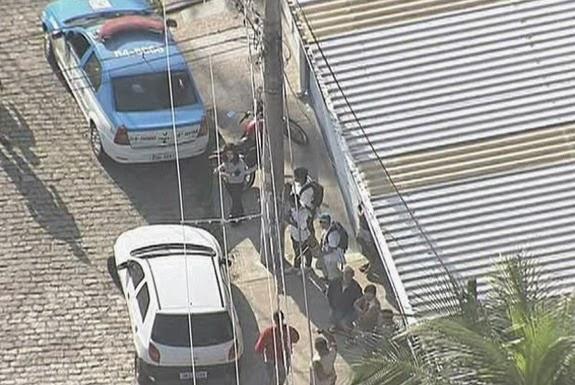 Homicide officers visit the site where João Rodrigo's severed head found
