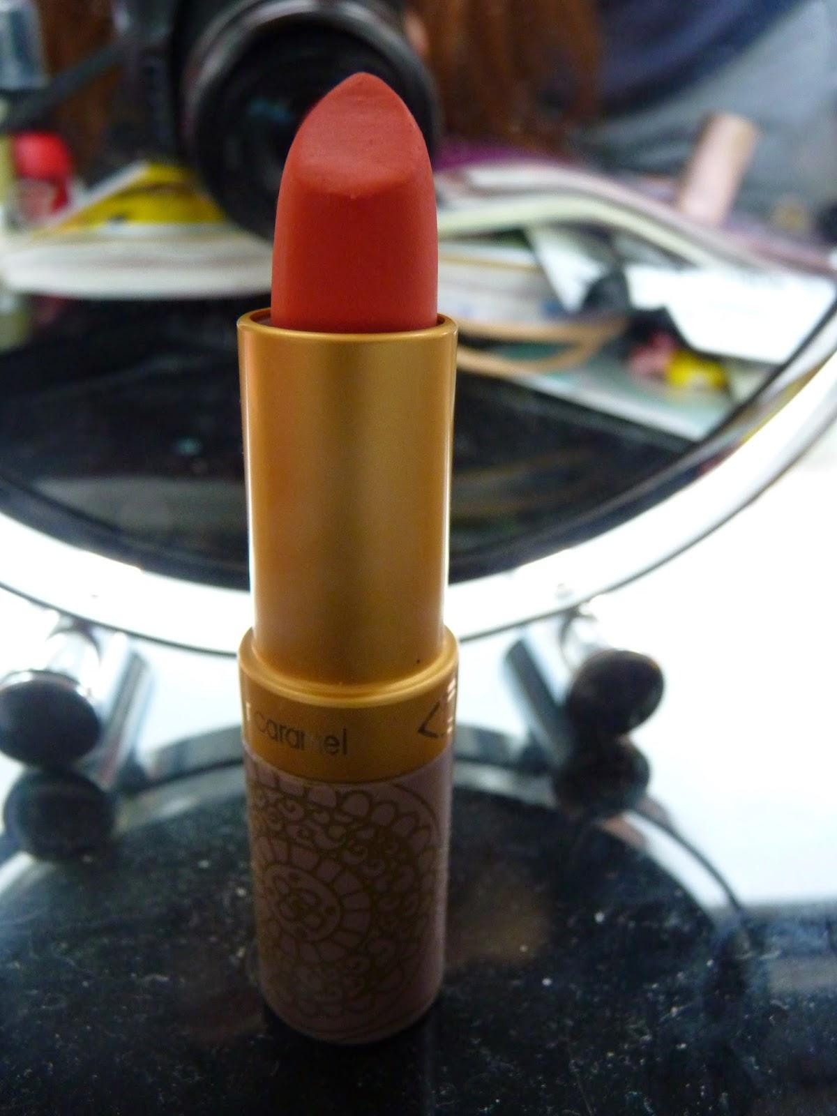 rouge à lèvres, couleur caramel, orange corail clair, n°116, 251