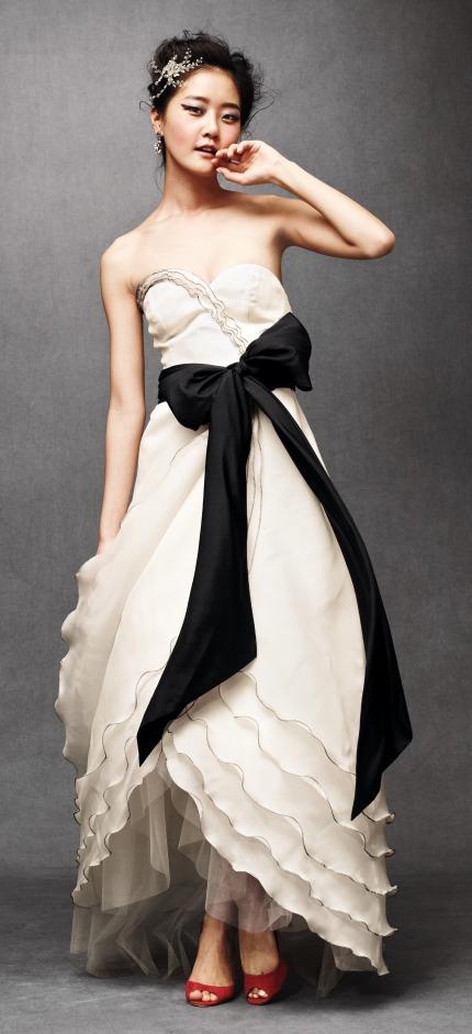 weddings fresh wedding style expert gown friday anthropologie weddings. Black Bedroom Furniture Sets. Home Design Ideas