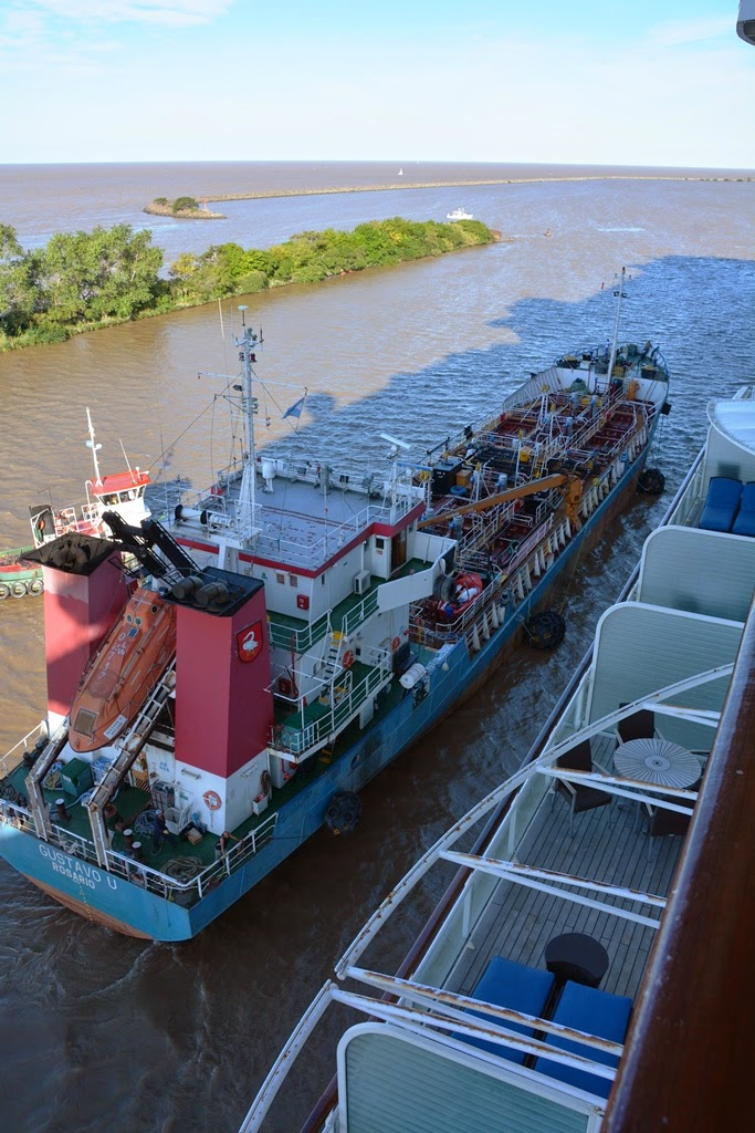 Port of Buenos Aires fuel