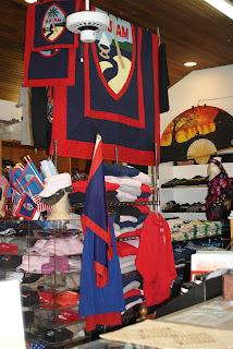 A & L Crafts Guam Store Interior