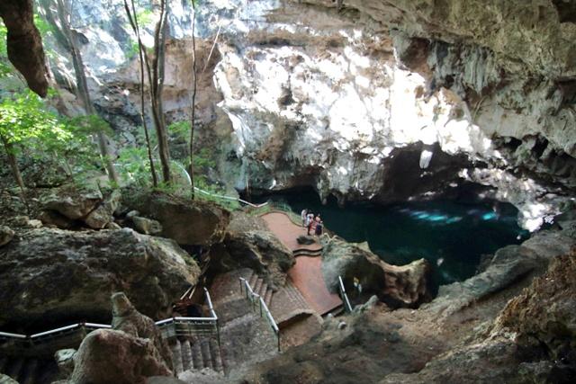Cenote Tres Ojos en Santo Domingo