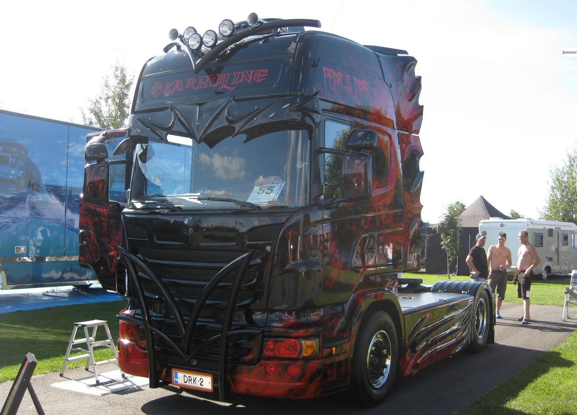 prøve lastbiler scania 143