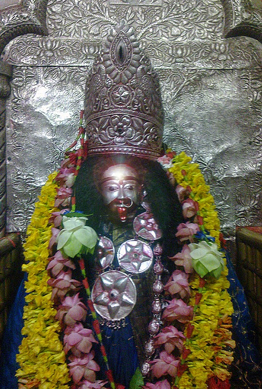 maa tara tarapith Offer prasad and seek blessings from maa tara offer prasad to maa tara at the famous temple at tarapith, west bengal and get the prasad delivered to your home.