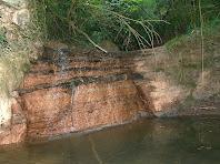 El petit saltant d'aigua al costat del segon Molí del Pla