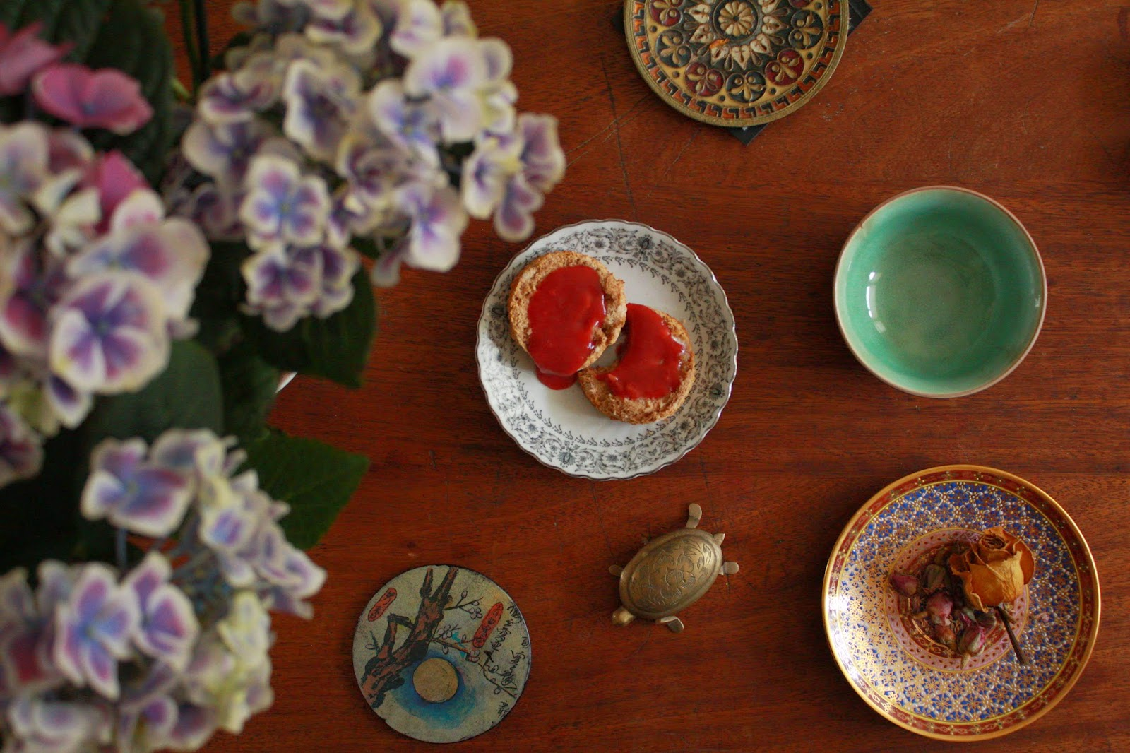Scones, hydrangeas and pretty plates