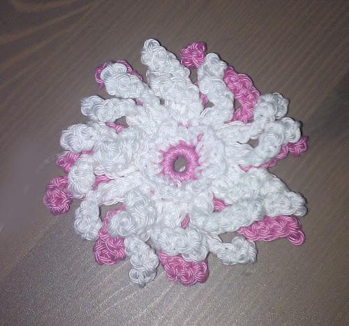 Вязанные цветы крючком со схемами