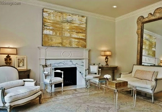 Classic chic living rooms a definition of style house for Living room definition