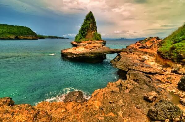 Pesona Indonesia, Tanjung Bloam