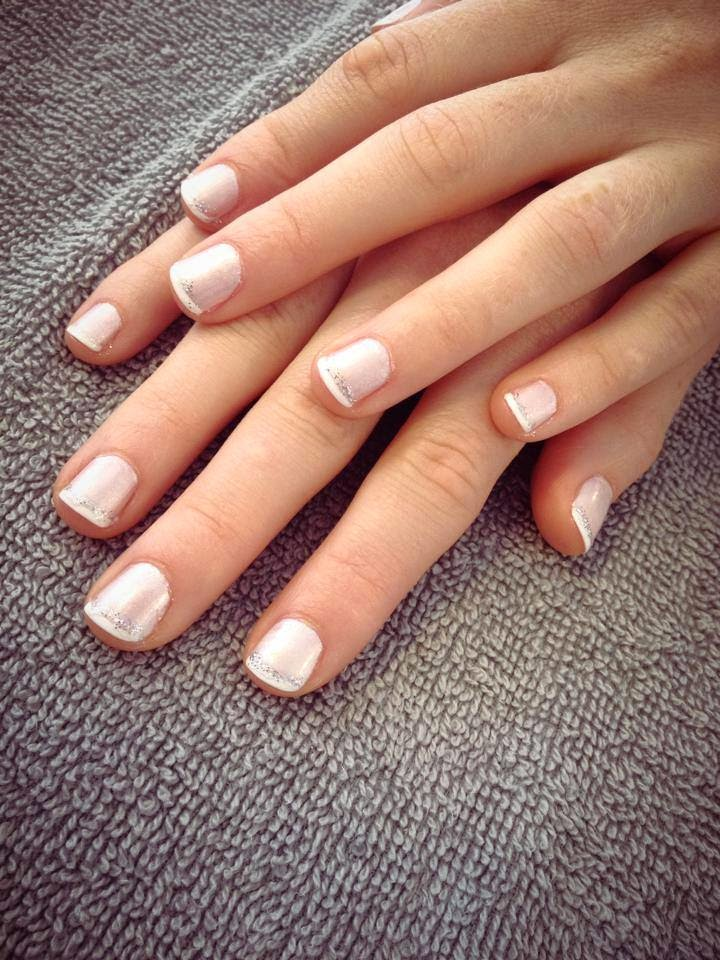 Diner en Blanc: French Sparkle Manicure by Noktivo Spa | all dressed up with nothing to drink...